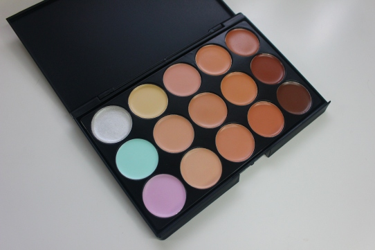 Sedona Lace 15 Color Concealer Palette review and swatches