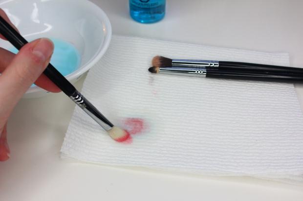 Makeup brush cleaner demo